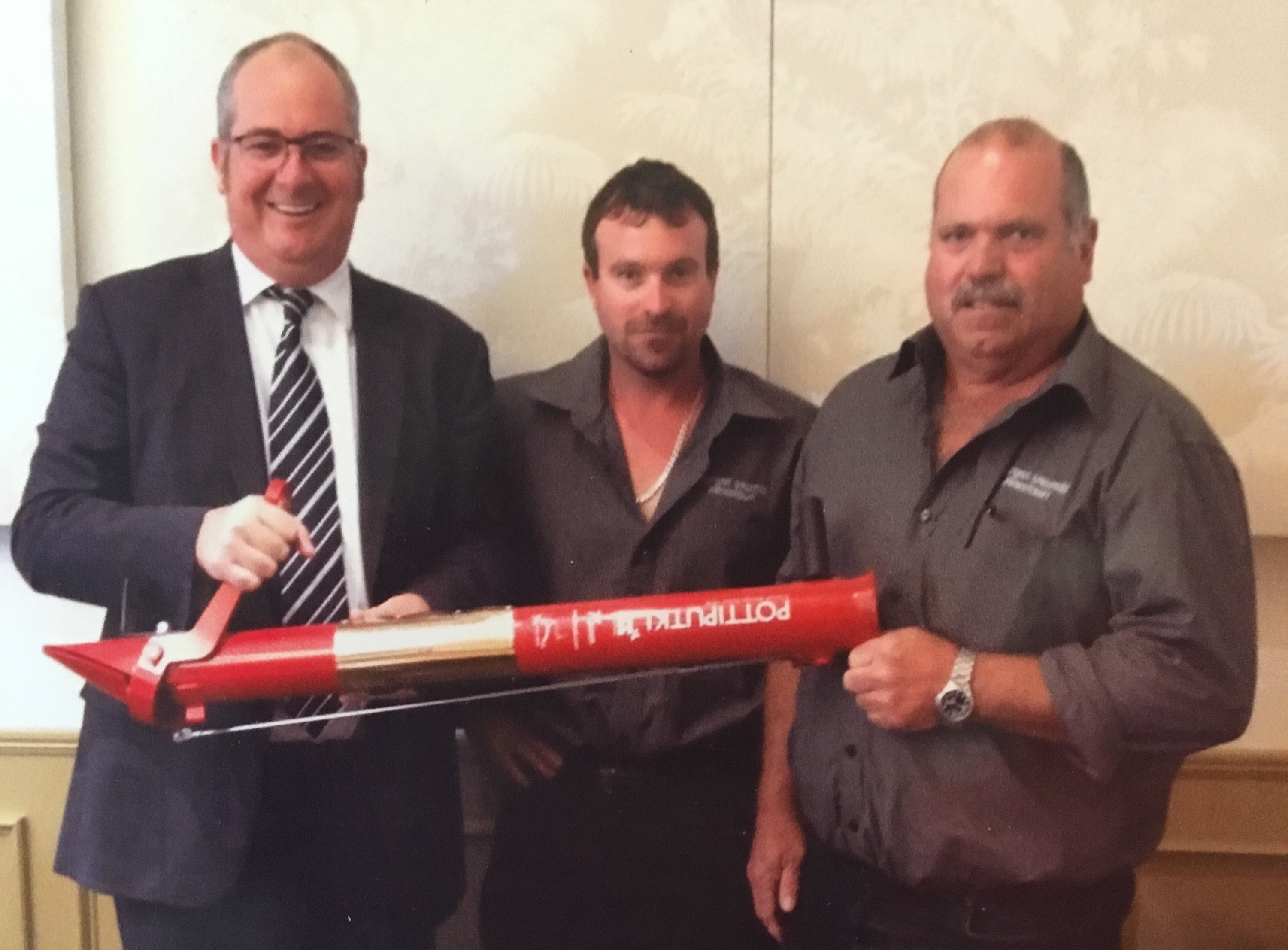 Minister for Agriculture, Food, Fisheries, Forests, Tourism, Racing and Sport and Recreation with the Owners of Morgan Sawmill, Luke and Ed Morgan